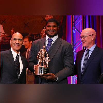 Calais Campbell Honored with 2019 Bart Starr Award
